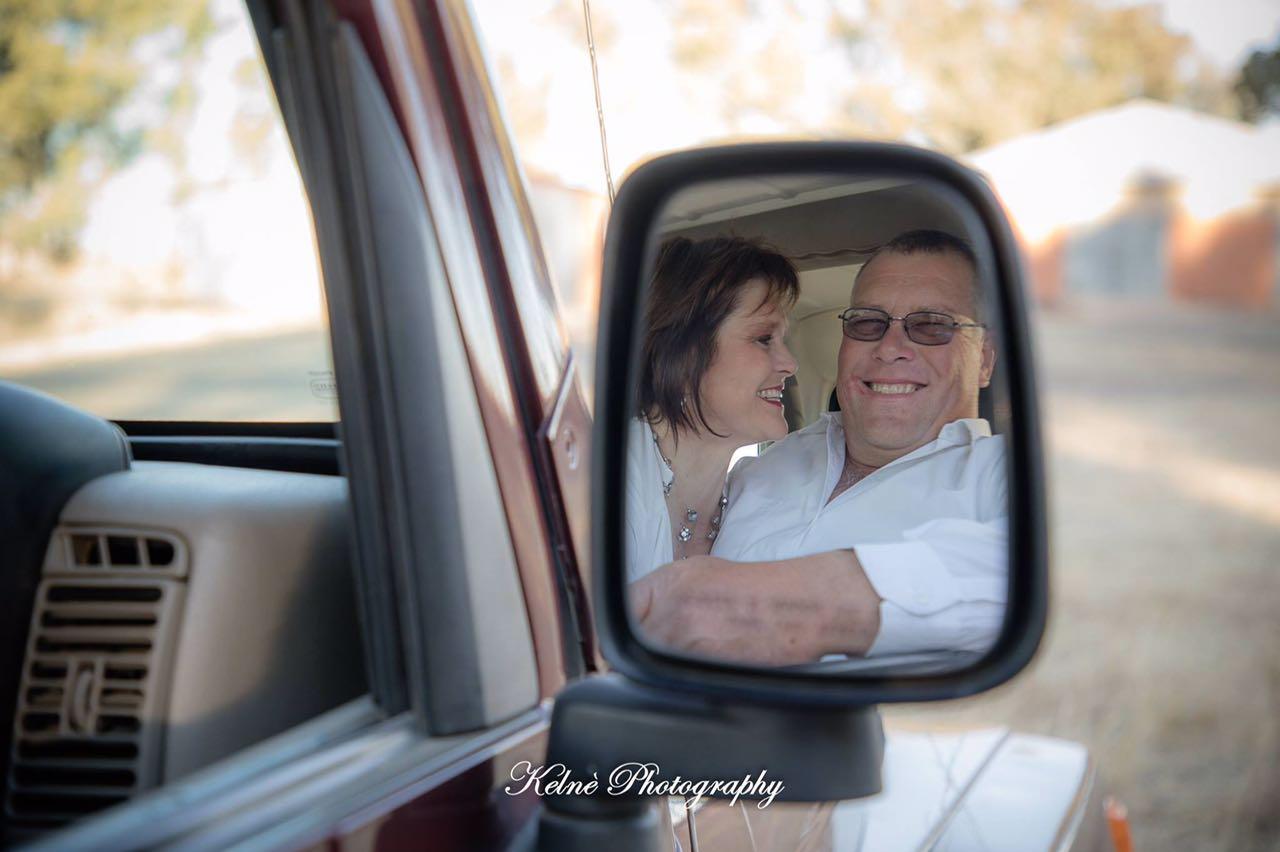 Couple portrait Carel & Marie Malherbe op hul plaas Geluk | Kelné Photography